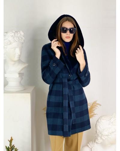 Пальто в клітинку з капюшоном