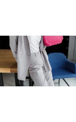 Штани в сіро-рожеву клітинку 30-231-1-810