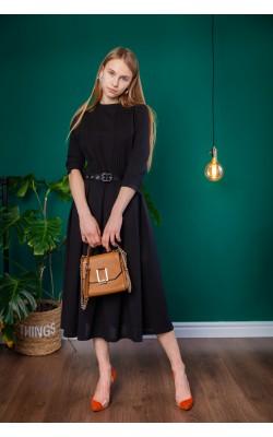 Лаконічне чорне плаття з защипами 30-315-958
