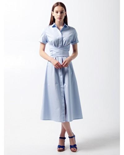 Платье с коротким рукавом и завязкой на талии