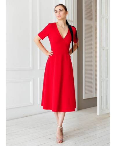 Красное платье трапеция на запах